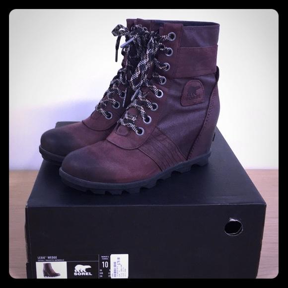 c1ad1bc8bc8 Sorel Lexie Wedge Boot. M 5c49e3067386bc6790134d01